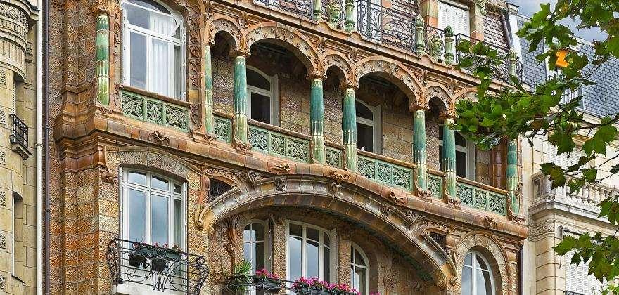 Unusual Art Nouveau buildings in Paris